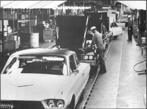 Thunderbird_assembly_line